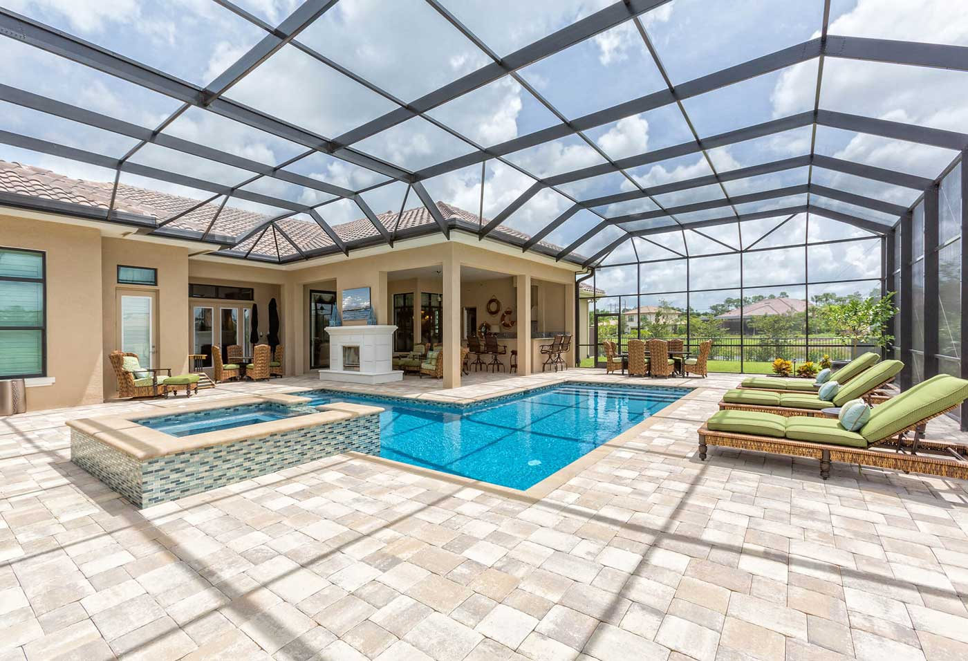 Screened Pool Enclosure Coverage - Florida Homeowners Insurance